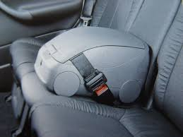 a useful item used as an arm rest for rear seat passengers and can be easily removed complete with the picnic meal available from mercedes parts