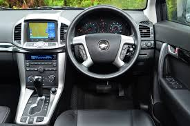 Chevrolet Captiva - Pictures | Chevrolet Captiva front cornering ...