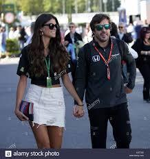 Monza, Italia. Il 3 settembre, 2017. Fernando Alonso (ESP, McLaren) con la  sua fidanzata Linda Morselli durante il Gran Premio di Italia di F1 a  Autodromo Nazionale di Monza il 3 settembre