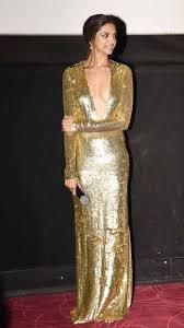 Top Latest hot news trend Priyanka Chopra at Golden Globes 2017.