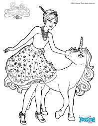 Coloriage Barbie Alexa Et Le B B Licorne Anniversaire Sirene