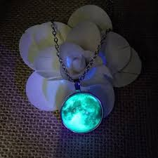 glowing full moon pendant necklace puro free worldwide