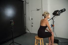 Creative Studio Lighting - Using a grid for dramatic effect