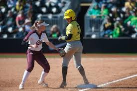 Pac-12 player of the week Shannon Rhodes leads No. 6 Oregon into conference  opener against No. 3 UCLA | Softball | dailyemerald.com