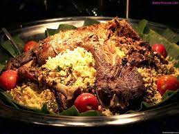 Bahkan citarasanya semakin khas serupa dengan negara asalnya karena bumbu rempah yang asli dari timur tengah serta. Recipe Of Nasi Kebuli Kebuli Rice Indian Food Recipes Lamb Recipes Indian Rice Recipes