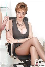 Lady sonia handjob gallery