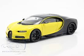 The 2017 bugatti chiron black image is added in the car pictures category by the author on jun 6, 2016. Bugatti Chiron Construction Year 2017 Yellow Black 70994 Ean 674110709940