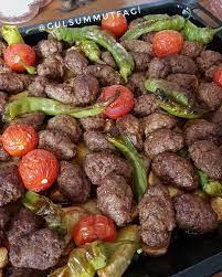 Nefis fırında kofte patatese ne dersiniz Kalabalık misafirleriniz ic8n  kurtarıcı bir firin yemegi 😋 Patates Sivribi…   Yemek tarifleri, Yemek,  Etli yemek tarifleri