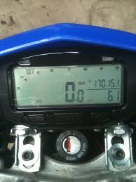 yamaha xt 125 x digital speedo not lighting up the bar yamaha 8e252072 b1da 4a4d 9290 85945acfcdb4 21586 000010ff5153f8aa jpg