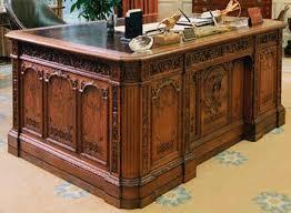 desk oval office. the right side of desk no high res version available oval office i