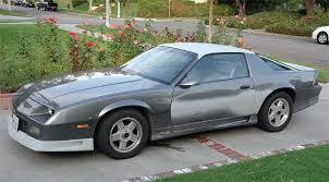 steve dalton s neighbor had this slightly scruffy 91 camaro and it quit running a