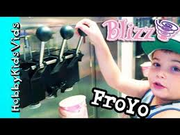Blizz Yogurt Blizz Frozen Yogurt N Strawberry Crepes Toppings Delicious