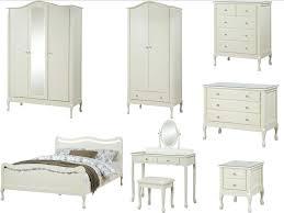 vintage chic bedroom furniture. Delighful Vintage Shabby Chic Bedroom Furniture Ivory  Wardrobe On Vintage Chic Bedroom Furniture