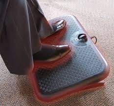 toasty toes personal heater deluxe ergonomic footrest