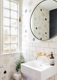 brass wall mount bath faucet with