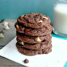 Butter, sugar, egg, flour and lots of rich cocoa powder make up the batter. Subway Copycat Double Chocolate Cookies Recipe