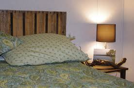 ... Good Looking Bedroom Decoration Using Shipping Pallet Bed Frame :  Enchanting Bedroom Decoration Using Drum Light ...