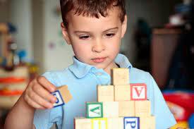 Chọn đồ chơi cho bé trai 3 tuổi bố mẹ có biết? Makeblock