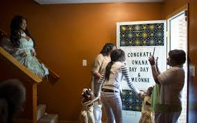 Prom send-off -- Chicago Tribune