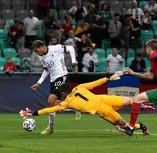 Das turnier dient auch als europaische qualifikation fur das fussballturnier der manner bei den olympischen spielen 2020 in tokio. 7hreg6dlh Irxm
