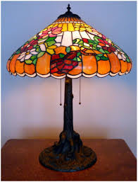 antique chicago mosaic leaded glass table lamp to expand
