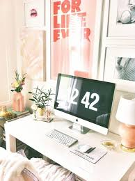 Office Room: Girly Christmas Workspace - Workspace