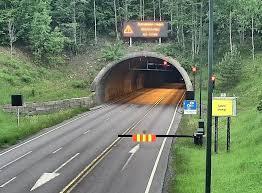 12.000 strømkunder og halve oslofjordtunnelen var uten strøm. Nyheter Oslofjordtunnelen Nytt Lyssignal Ved Oslofjordtunnelen Skal Stanse Folk Fra A Sette Seg Selv Og Andre I En Livsfarlig Situasjon