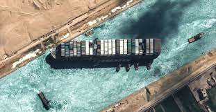 Ever Given« im Suezkanal: Schiffsversicherer will Kanalbehörde  mitverantwortlich machen - DER SPIEGEL