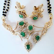 vinita jewels diamond emerald gold pendant set 6 min