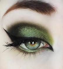 i think this would be awesome for cos players going as poison ivy green eyes makeuppurple witch