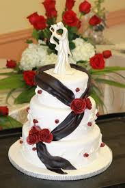 Romantic Red Rose Wedding Cake With Black Ribbon Diary Of A Cakeaholic