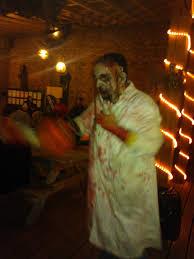 york maze. zombie york maze hallowscream
