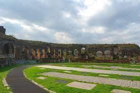 Datei:The Amphitheatre of Santa Maria Capua Vetere 010.jpg – Wikipedia