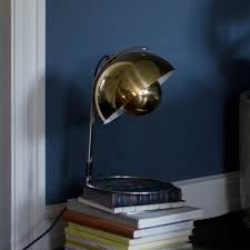 flowerpot vp4 table lamp brass andtradition