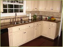 White Kitchens With White Granite Countertops Kitchen Cabinets White And Brown Quicuacom