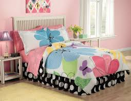 Bedroom:Cute Girl Bedroom Themes Cool Teen Room With Flower Sheet And Diy  Wall Decor