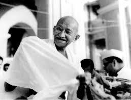 Resultado de imagem para Credo do Mahatma Gandhi