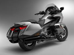 2018 honda wing. wonderful wing hondau0027s design for the 2018 gold wing pares back some of older bikesu0027  chunkiness in favor a u201cmore performanceminded shapeu201d company says intended honda wing