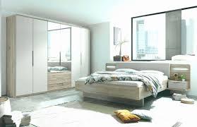 Kleines Schlafzimmer Layout Mit Fernseher Frisch Bank Fur
