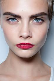 the power brow shows no sign of falling out of fashion thanks to cara delevingne we are all about bold and beautiful brows fashions do change but gaps