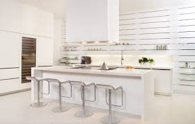 white modern kitchen. 1 |; Source: Kuchen. This White Kitchen Displays Simplicity Without The Modern |