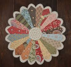 Dresden Plate Quilt Pattern Amazing Over 48 Dresden Plate Quilt Patterns