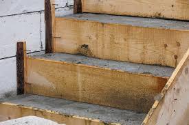 Gerade beim bau von treppen gibt es eine große vielfalt an möglichkeiten, hier kann der heimwerker seine kreativität voll ausleben. Betontreppe Bauen Mit Dieser Anleitung Gelingt Es Ihnen