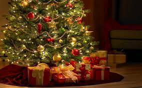 78+] Christmas Tree Wallpaper Free on ...