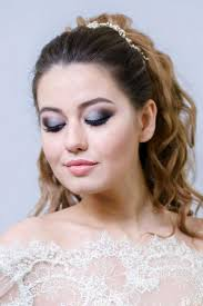 25 best ideas about round face makeup on eyeshadow