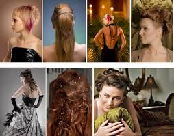 žena In Upoutejte Pozornost Svými Vlasy
