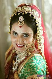 find the best bridal makeup artists offering best packages in mumbai we have professionals including por wedding makeup artists celebrity makeup