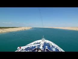 Die ever given gehört zu einem großen konvoi von schiffen, die den suezkanal richtung norden passieren. Suez Kanal Passage Mit Dem Schiff Durch Die Wuste Youtube
