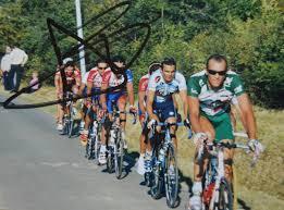 ▻ souvenirs de Tony Langella lors du Tour de France 99 à Bordeaux,de  Castillon 2002 et de la 1° étape du Midi Libre 2001 dans le col de Cabranas
