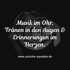Musik Im Ohr Tränen In Den Augen Erinnerungen Im Herzen Story